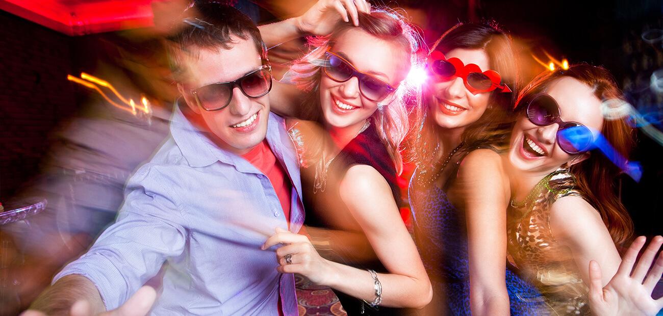 Развратные танцы в клубах 10 фотография
