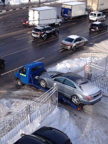 Спч назвали незаконной эвакуацию автомобилей номеров москве
