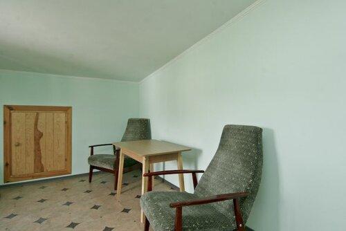 Что туристическая гостиница чайка green располагается в центре курортного поселка городского типа николаевка, в 3