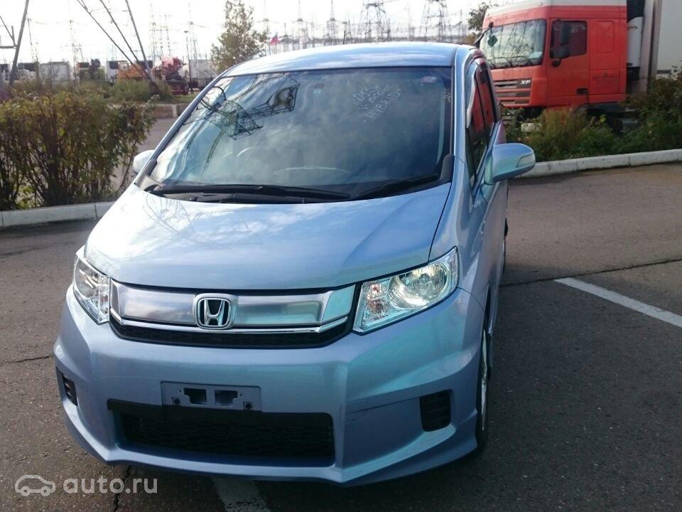 Honda выпустила новый минивэн — Freed Spike