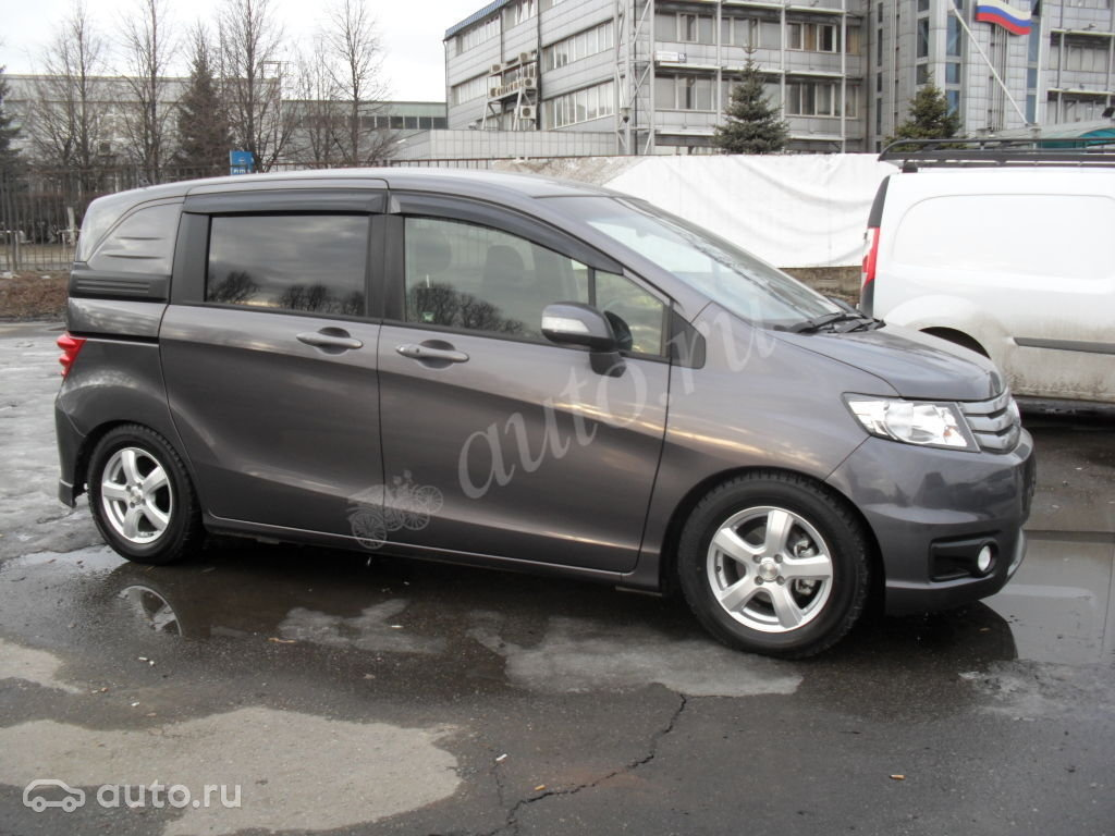 Хонда Фрид Спайк 2012 - dromru