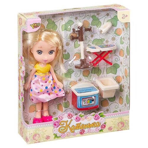 Кукла Yako Катенька с набором