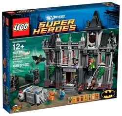 Конструктор LEGO DC Super Heroes 10937 Раскрытие убежища в Аркхеме