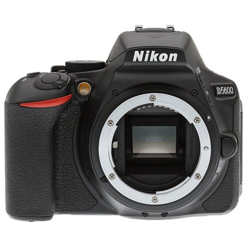 Фотоаппарат Nikon D5600 Body early bird body