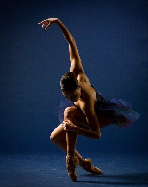 Танцующие Обнаженные