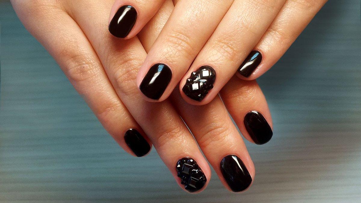 Шеллак Черный Дизайн На Короткие Ногти