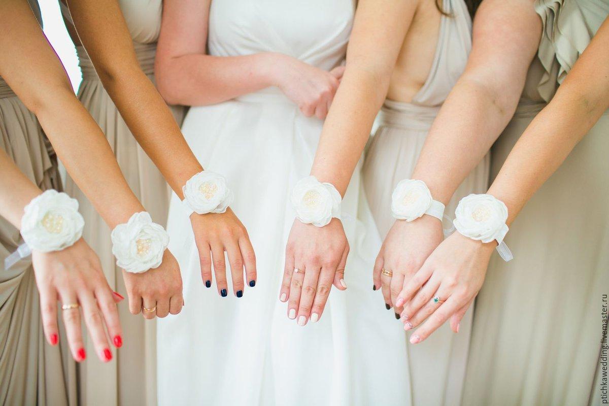 Браслеты для подружек невесты: оригинальное украшение на руку 44