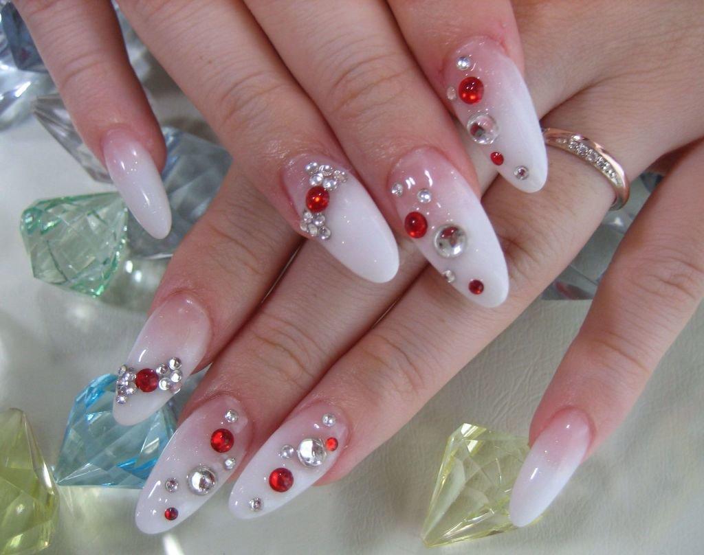 Дизайн овальных ногтей фото новинки
