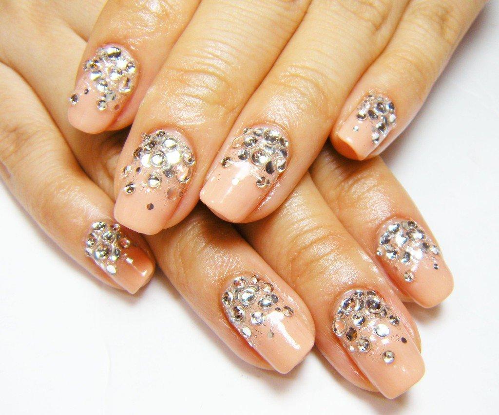 Красивый дизайн ногтей на короткие ногти дизайн