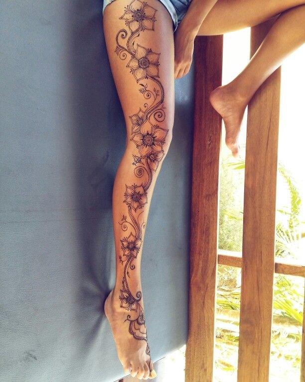 Рисунок на всю ногу для девушек фото