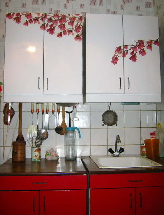 Декупаж кухонной стенки своими руками 89