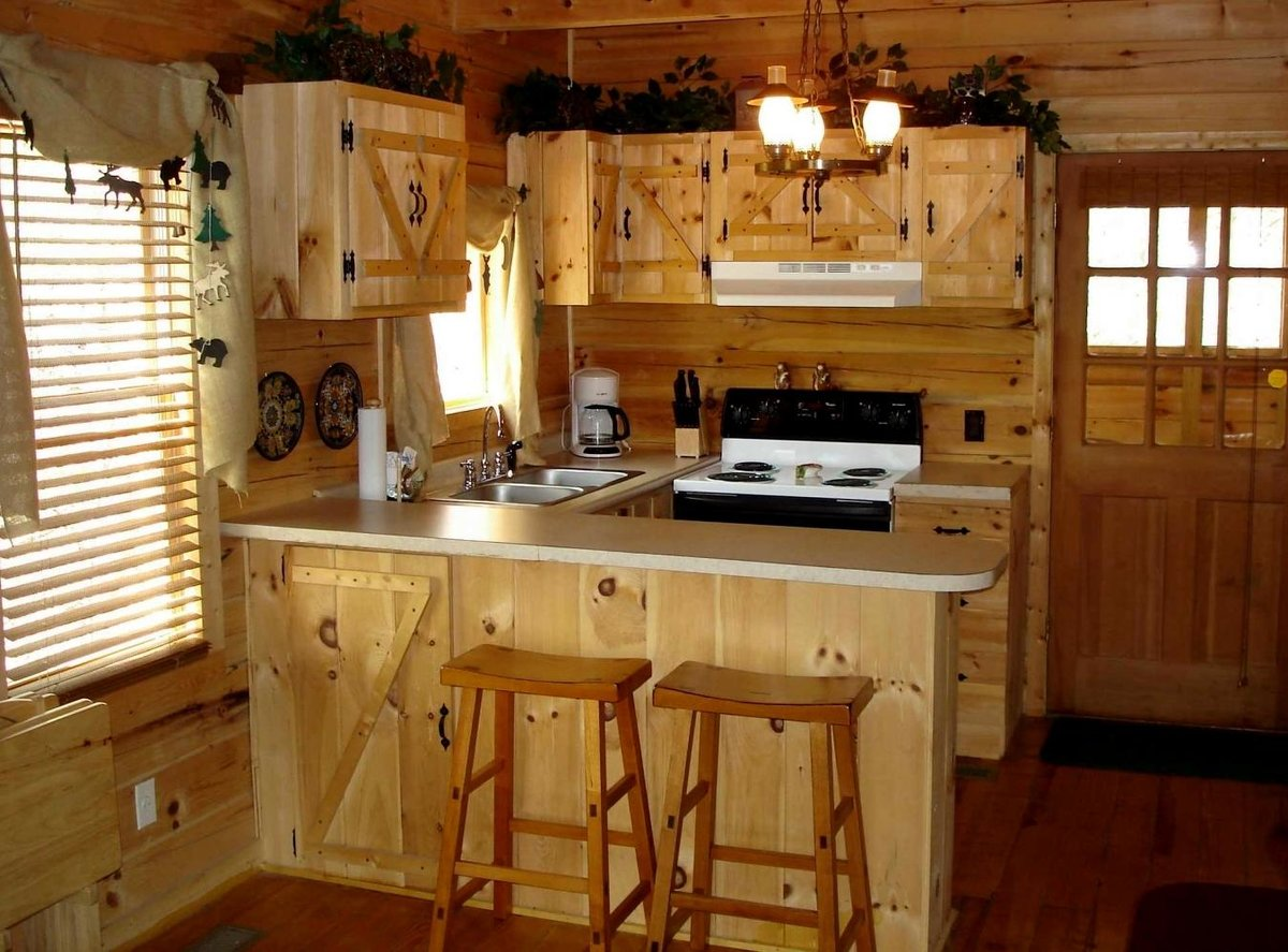 Декор деревянной кухни своими руками