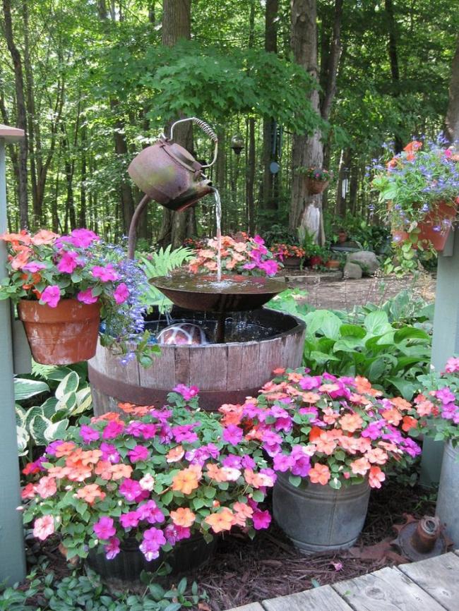 Фото декора сада своими руками 68