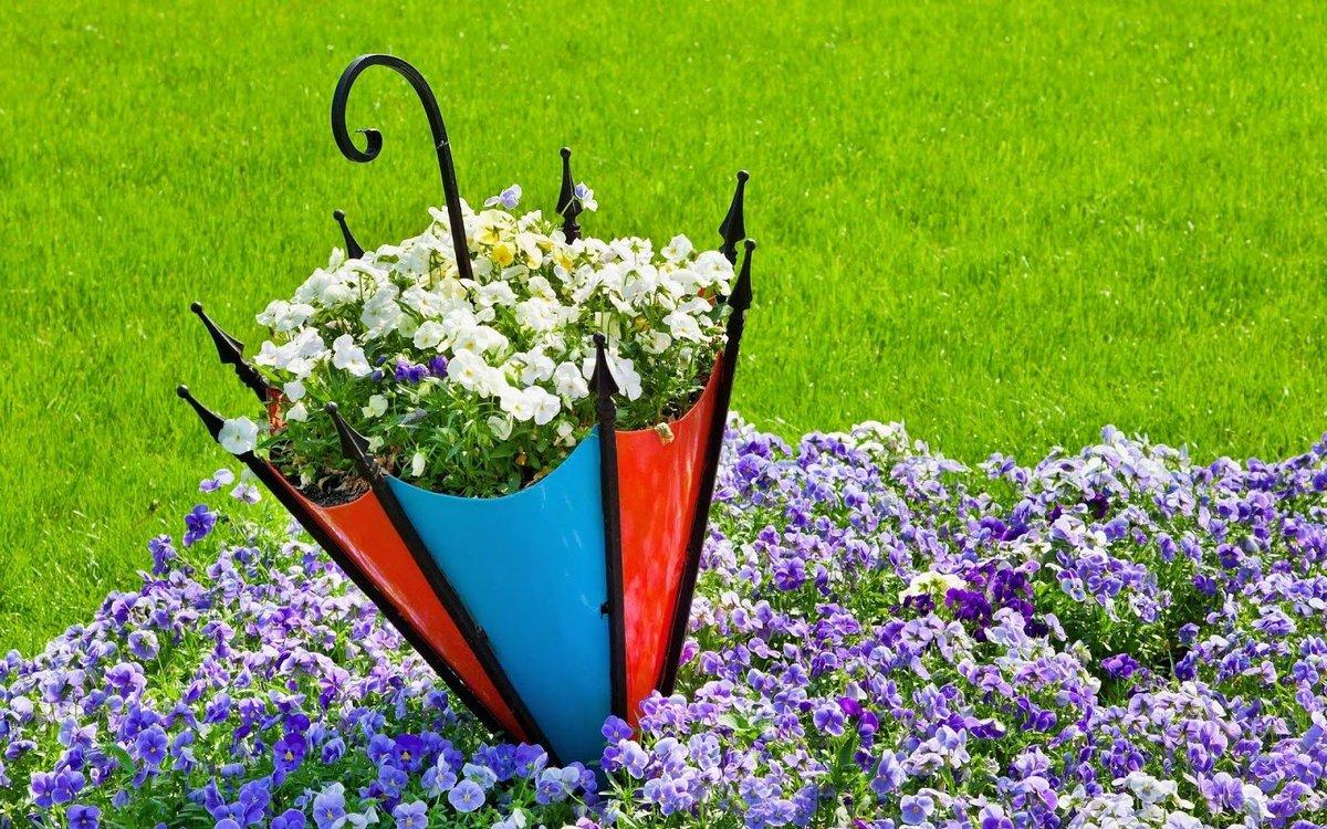 Простые клумбы и цветники на даче своими руками
