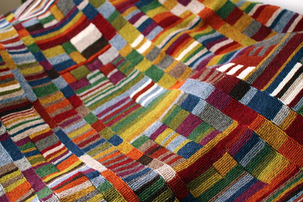 Вязание на спицах пледов из остатков пряжи