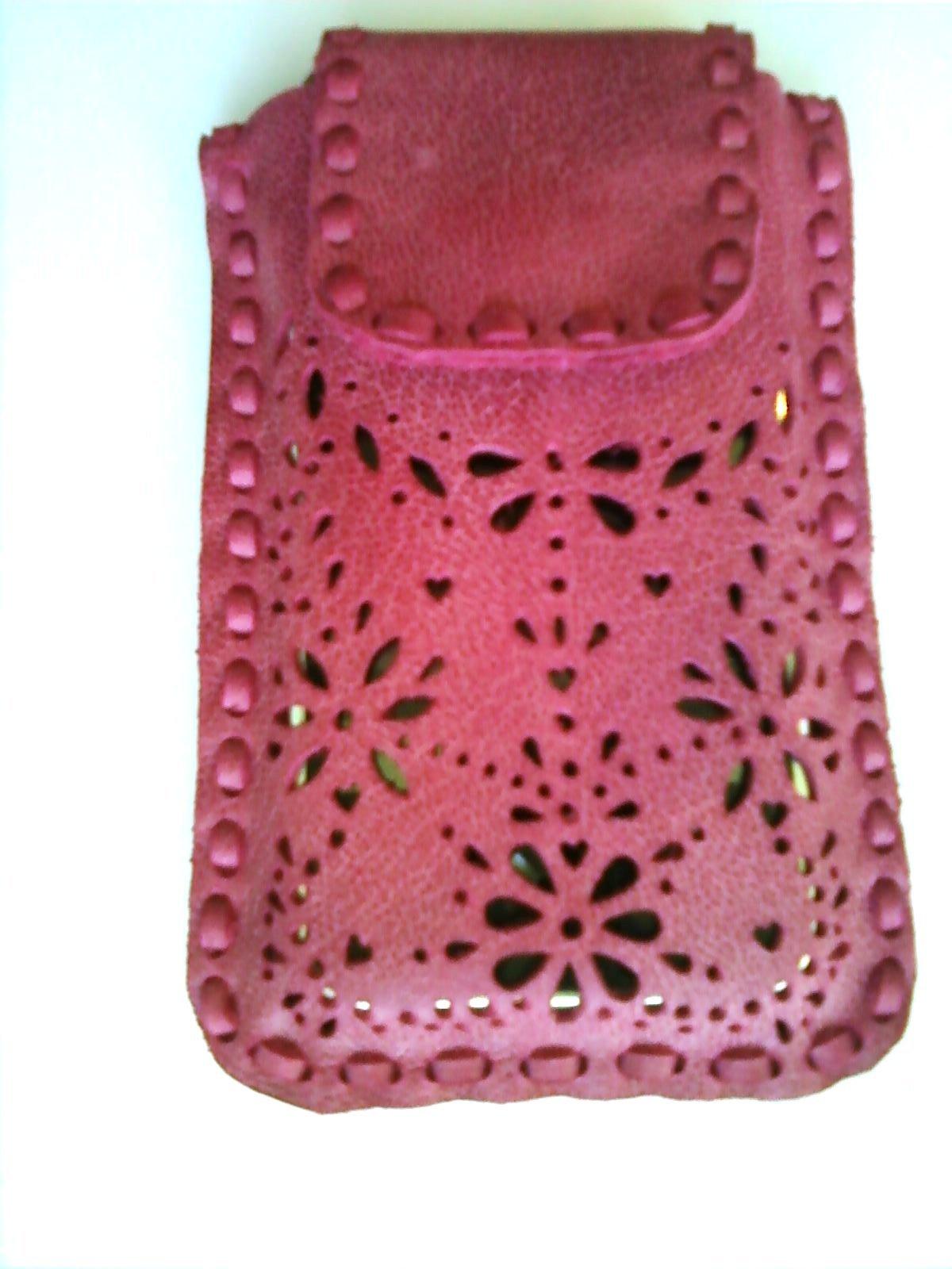 Мастер-класс по пошиву кожаного чехла для телефона (Iphone SE) 32