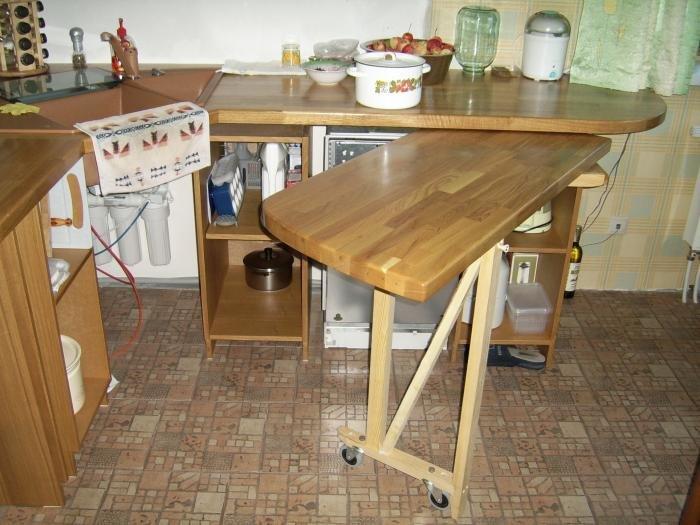Из чего сделать стол на кухне своими  860