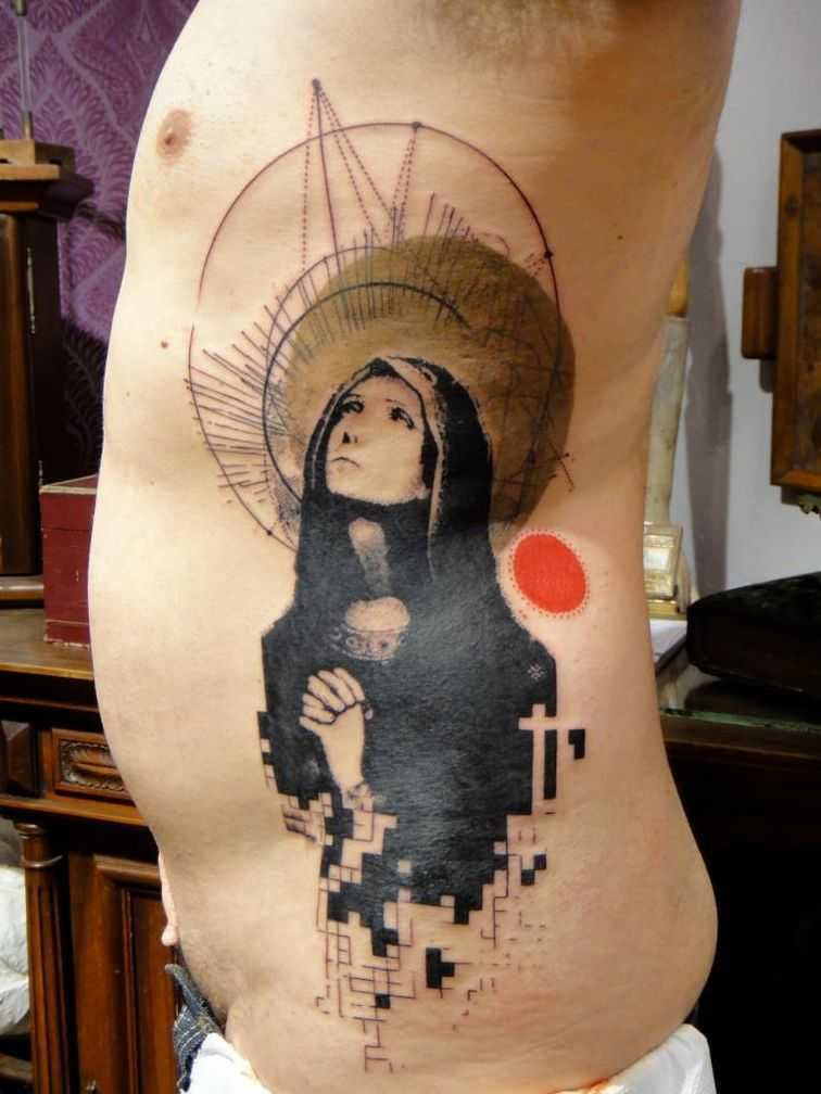 Религиозные тату для девушек