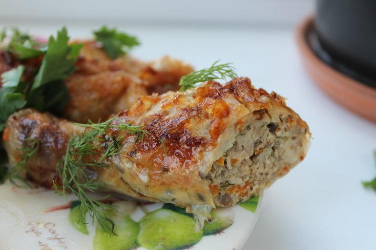 Курица фаршированная без костей грибами в духовке рецепт 21