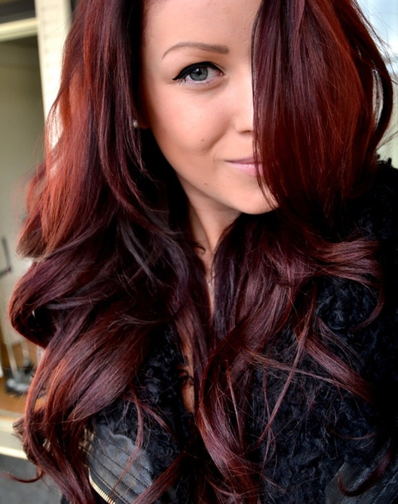 Фото с темно коричневыми цветами волос