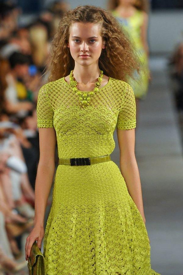 Фото моделей вязаного платья