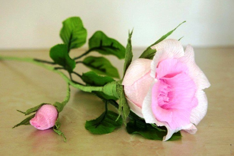 Роз из гофрированной бумаги своими руками мастер класс