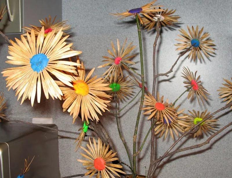 Как сделать поделку цветы из природных материалов 26