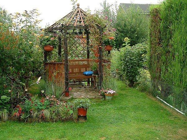 Интересные идеи беседок для дачи и сада своими руками фото 2