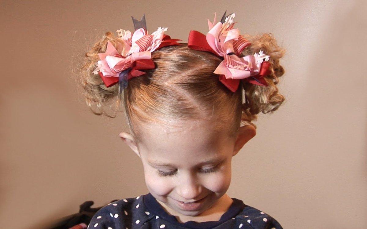 Красивая прическа для девочки на короткие волосы в садик
