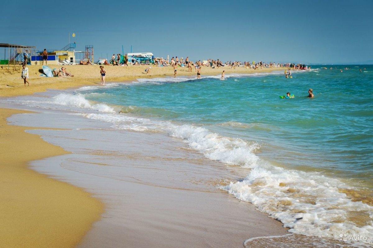 Галечный и песчаный пляж в анапе фото