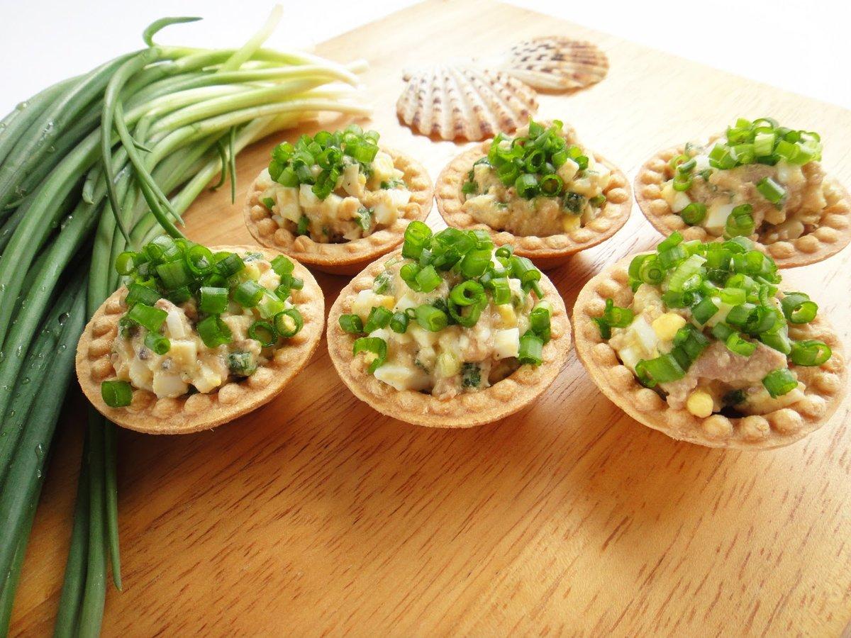 Салат с кальмарами в тарталетках рецепт
