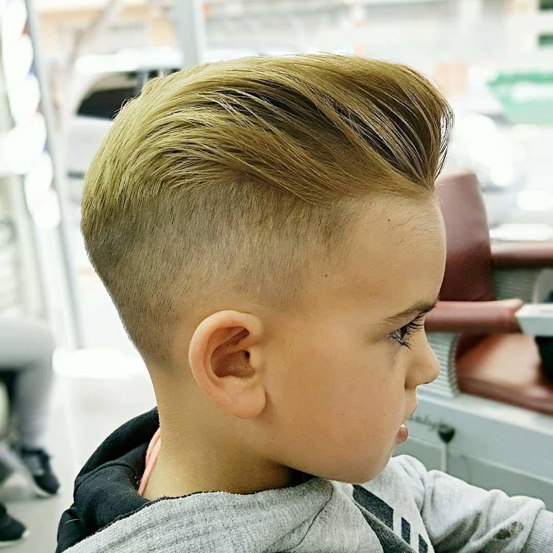 Модные прически с короткими волосами для мальчиков