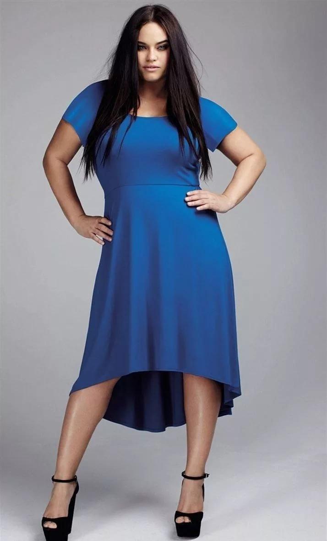 Открытые платья для полных новые модели