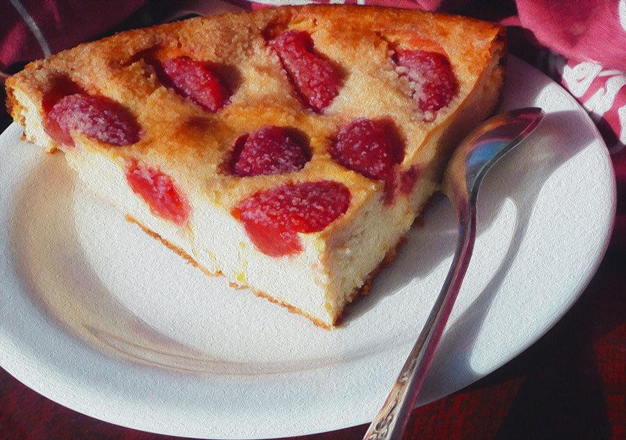 Пирог из творога с клубникой в духовке рецепт