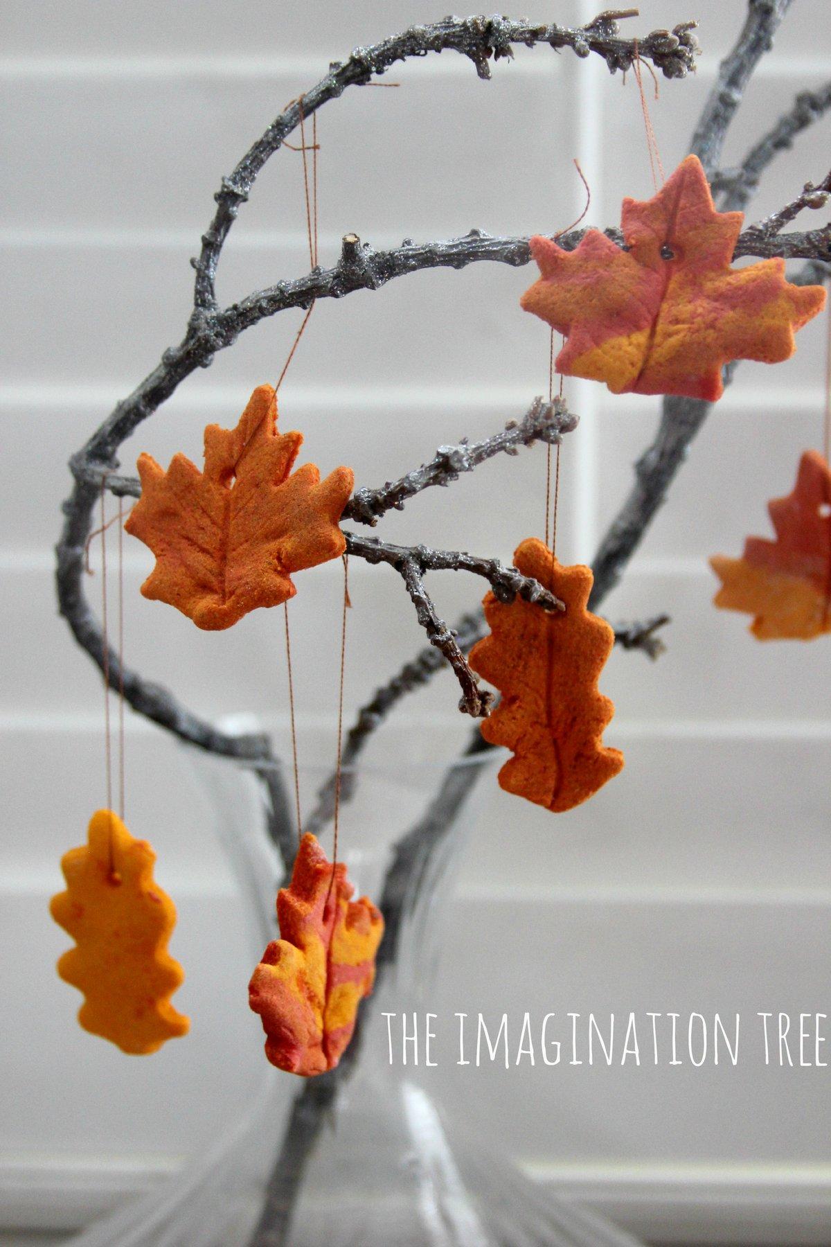 Осенняя поделка из соленого теста