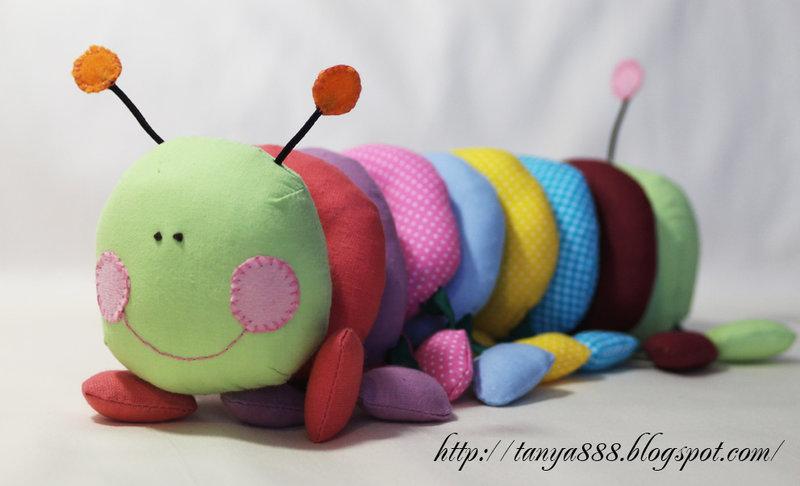 Маленькая гусеница своими руками