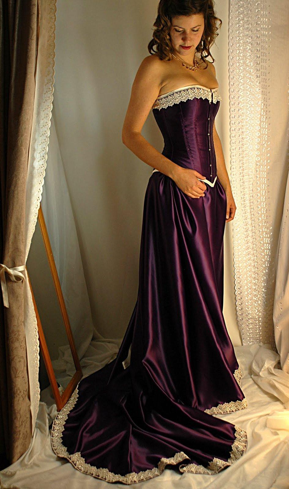 Фото вечернее платье с корсетом