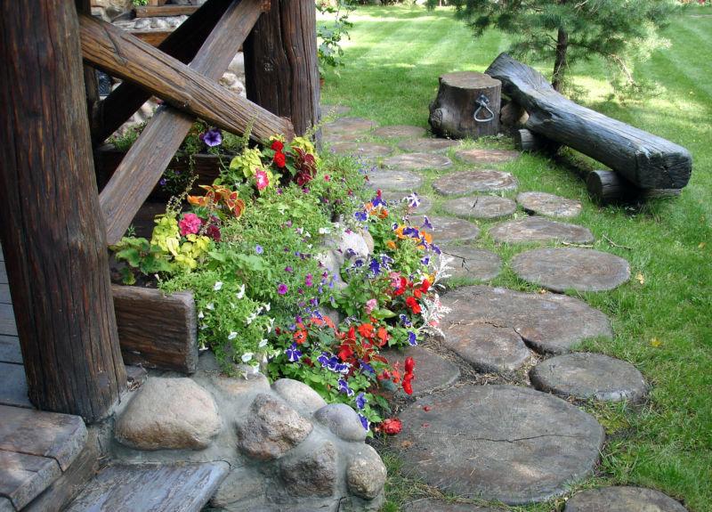 Как украсить усадьбу летом своими руками 95