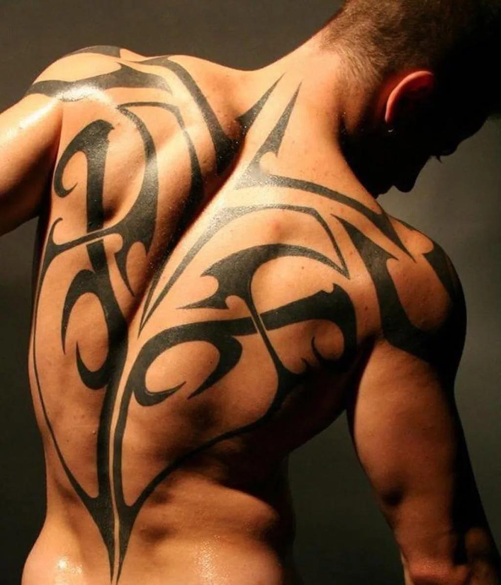 Красивые татуировки на спину для мужчин фото