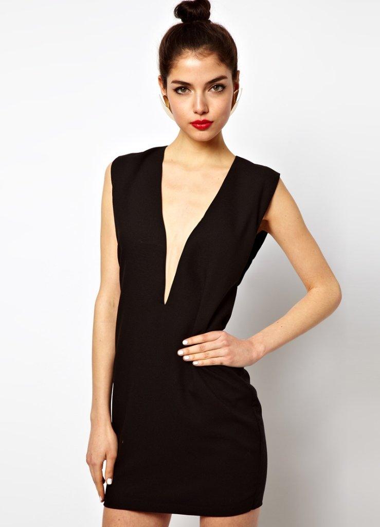 Как сшить платье с глубоким вырезом 25