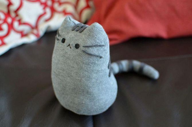 Поделка из носка своими руками котенок 71