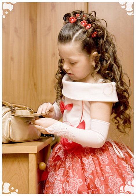 Причёски к празднику девочке в детский сад