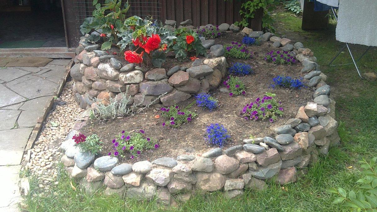 Поделки из камней своими руками фото для дачи и сада 27