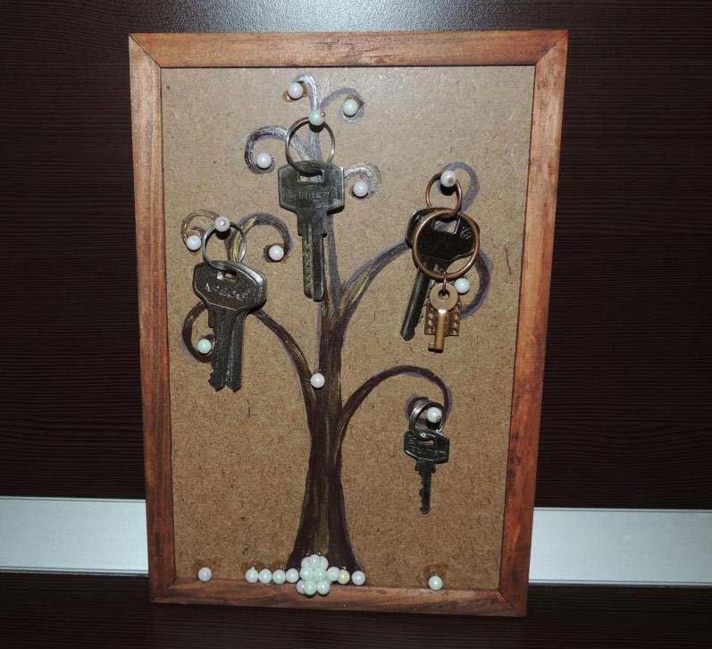 Ключница в рамке своими руками