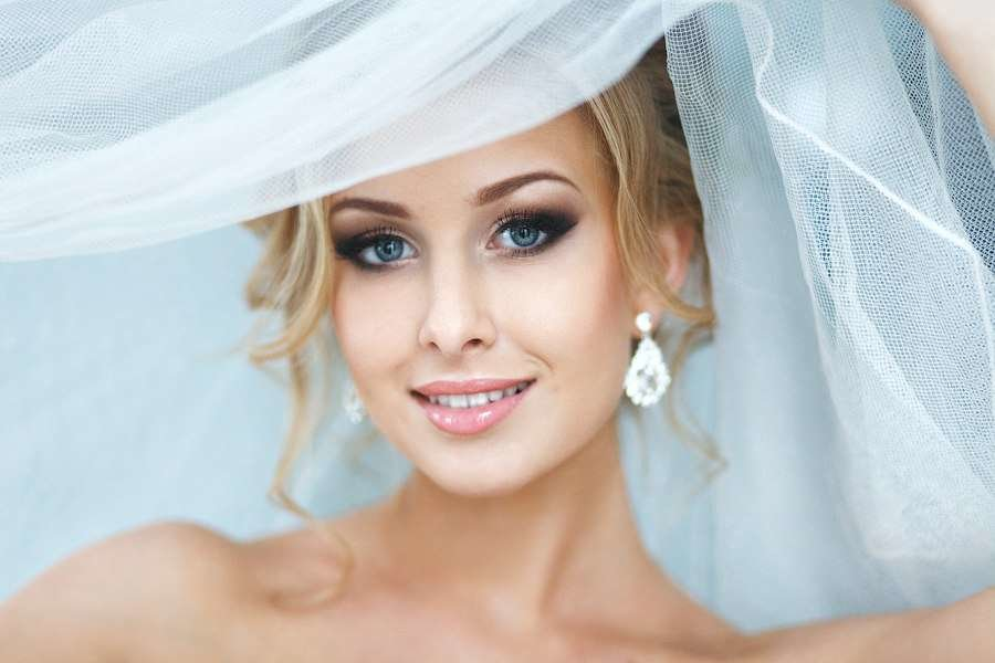 Свадебный макияж для блондинок с фото 26