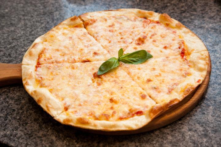 Рецепт настоящей пиццы в домашних условиях в духовке с фото