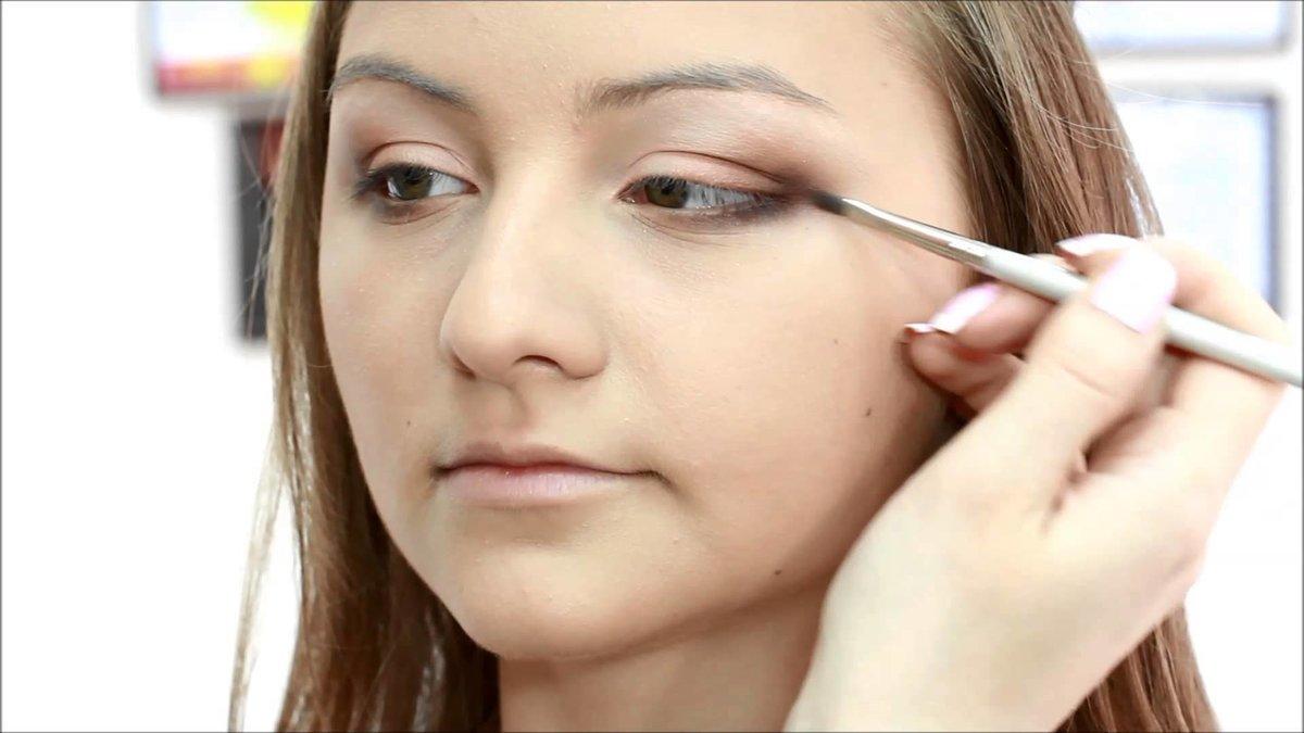 Дневной макияж для тяжелых век