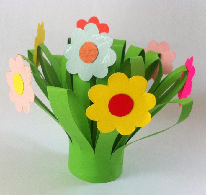 Как сделать цветы из бумаги своими руками в детском саду 61