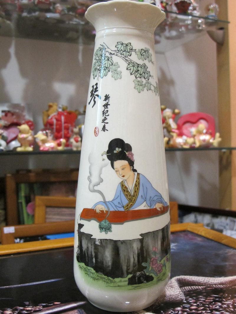 Ваза в японском стиле