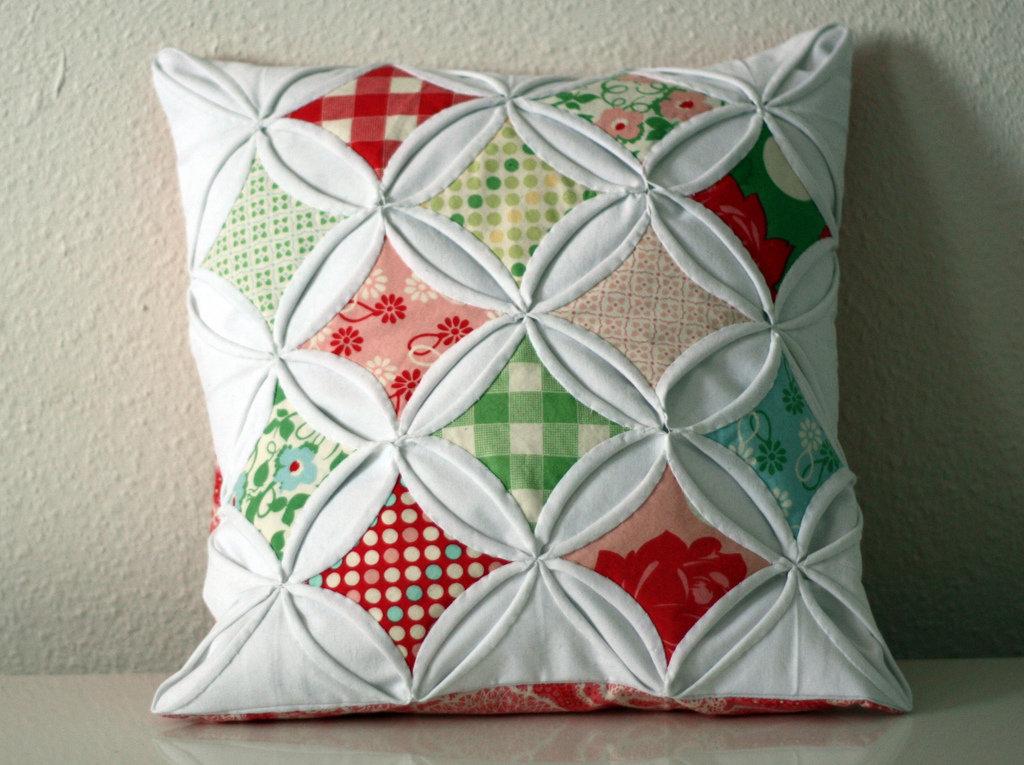 Рукоделие своими руками для дома поделки из тканей подушки 3